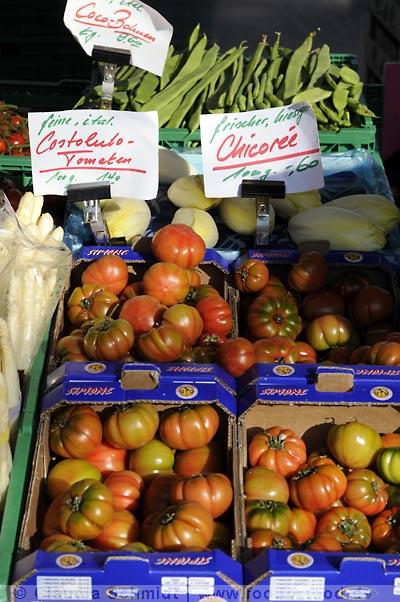 Markttag in Oerlikon - Costoluto-Tomaten