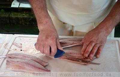 Auf dem Markt beim Fischhändler