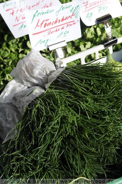 Markttag in Oerlikon - Mönchsbart