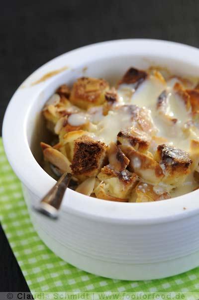 Rezept mit Bild für Scheiterhaufen mit Äpfeln, Birnen & Vanillesauce